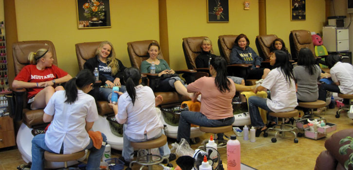 About Diamond Nails Spa In Evergreen CO